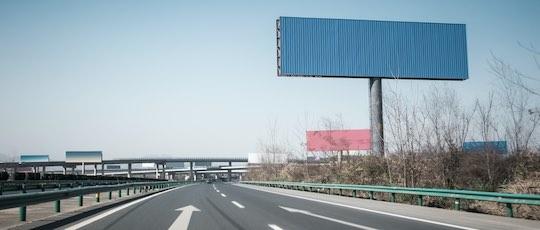 Werbeturm Autobahn Hersteller