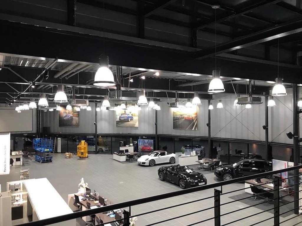 LED Umrüstung Porsche Zentrum Regensburg Leuchtreklame